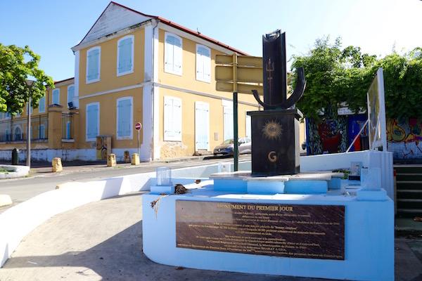 Monumento del primer día