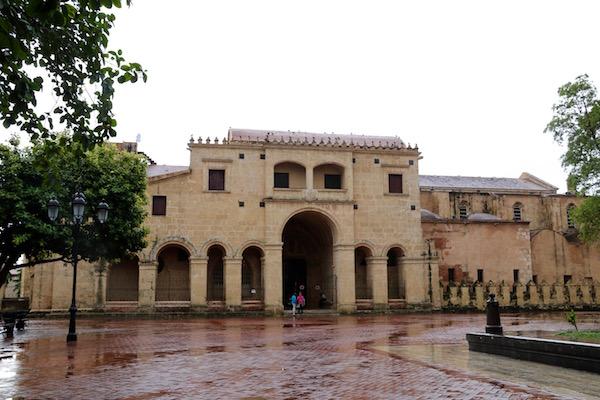 catedral y basílica de Santa María de la Encarnación