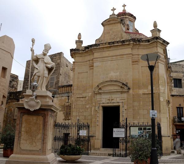 Fachada Iglesia Catacumbas