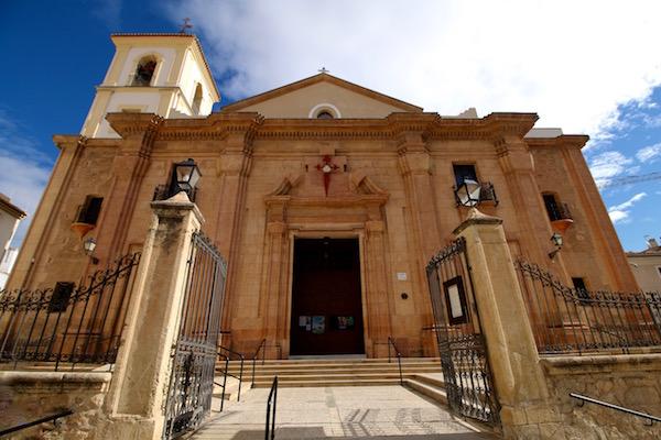 Fachada Iglesia Santiago