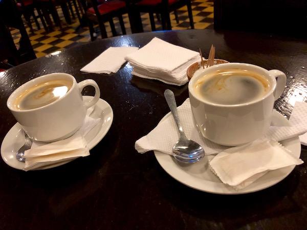Café, Bar el Portal