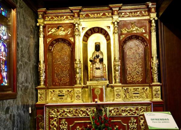 Imagen Virgen de Monserrate.