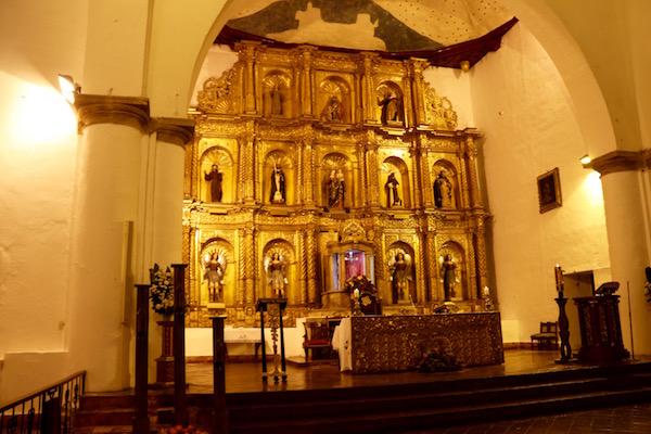 Interior Iglesia Parroquial del Rosario.