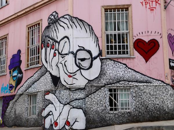 Mural abuela.