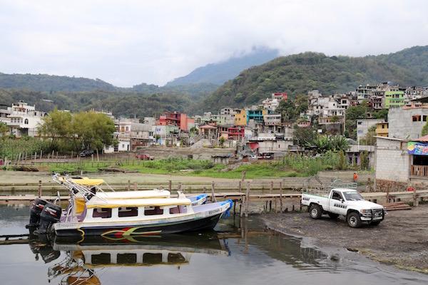 Pueblo Santiago Atitlán.