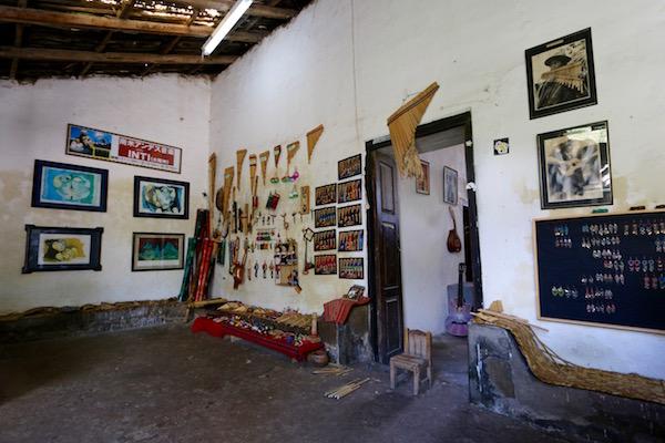 Sala Taller de Instrumentos Andinos Ñanda Mañachi.