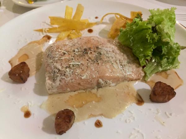 Salmón, Restaurante El Ricón Gourmet de la Villa.
