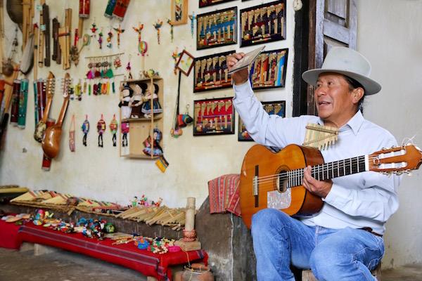 Taller de Instrumentos Andinos Ñanda Mañachi.
