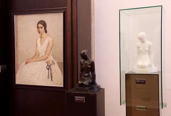 Cuadro, esculturas, Galería Nacional Cuadrado 500.