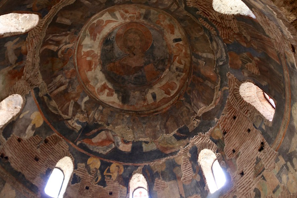 Interior Rotonda de Sveti Georgi.