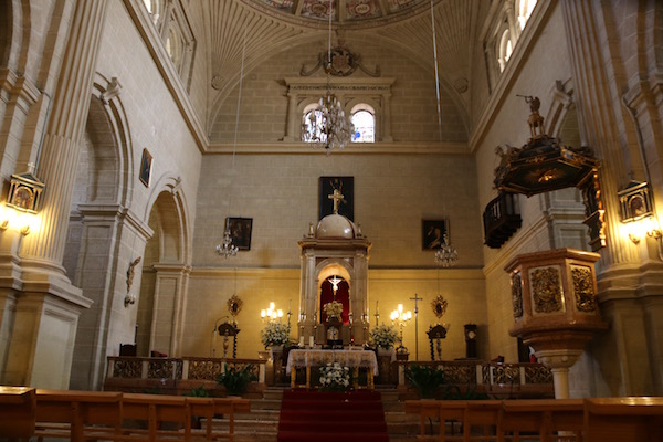 Interior iglesia de San Gabriel.
