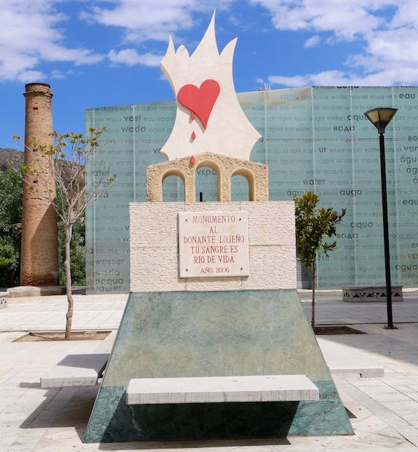 Monumento al donante, lojeño.