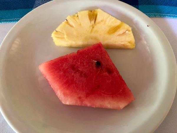 Restaurante El Mesón, plato fruta.