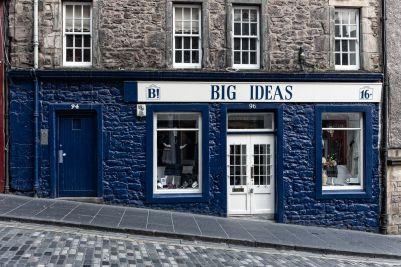 Häuserzeile in Edinburgh