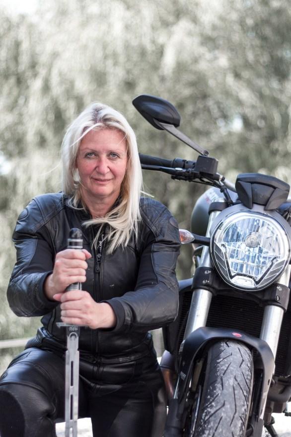 Ducati-Monster-Shooting-21
