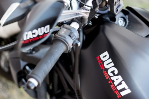 Ducati-Monster-Shooting-38