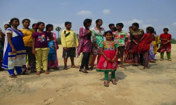 Ma journée à la plage avec mes amis indiens.