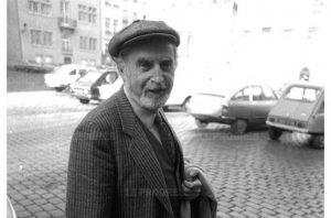 Le critique d'art Jean Jacques LERRANT rencontre le peintre André COTTAVOZ.