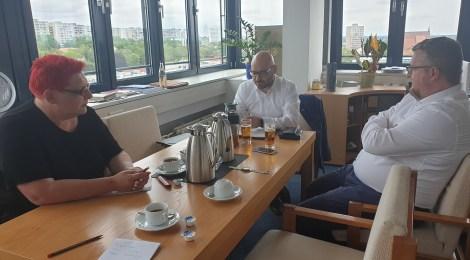 Sommer, Sonne, Sommertour... Besuche in der Erstaufnahme Eisenhüttenstadt und beim Oberbürgermeister Frankfurt (Oder)
