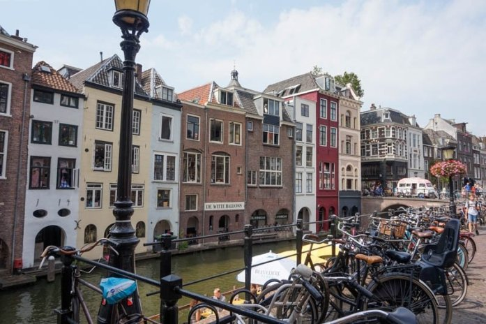 What to see and do in Utrecht, Netherlands. Utrecht is an easy day trip from Amsterdam and is well worth a visit! | Utrecht, Netherlands Travel Guide #thenetherlands #netherlandstravel #amsterdam #utrecht #europetravelguide