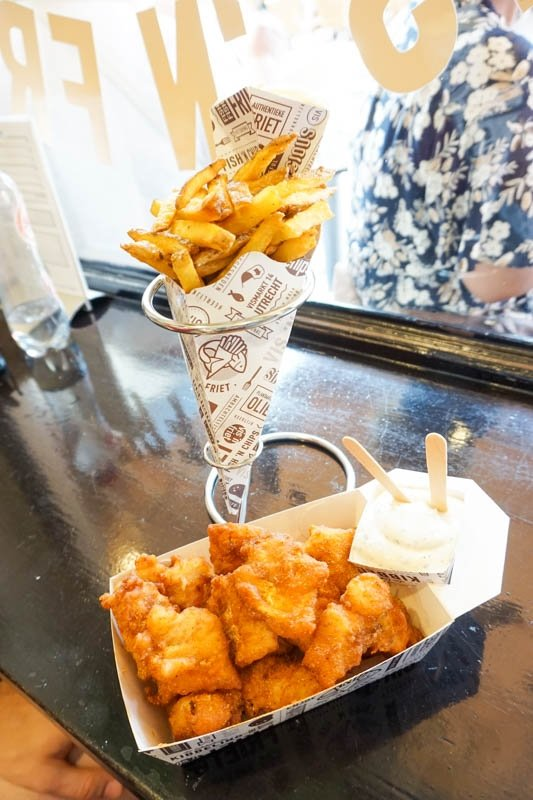 Fish and chips at Vis 'n Frites is the perfect lunch in Utrecht, Netherlands