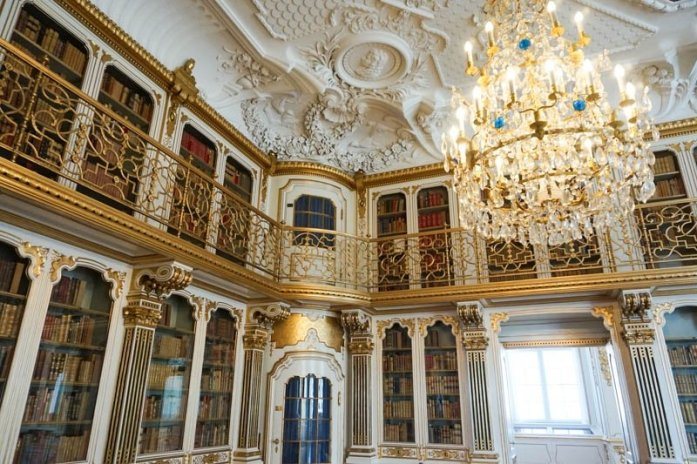Christiansborg Palace is a gorgeous palace in Copenhagen | Denmark travel guide