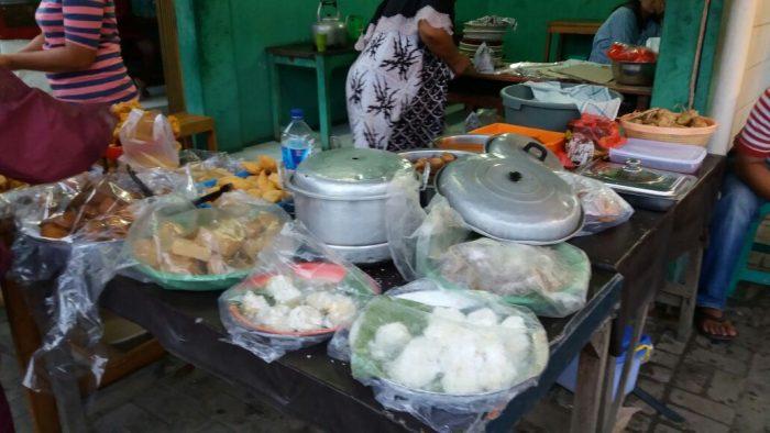 Nasi Uduk Paling Enak di Kota Tangerang