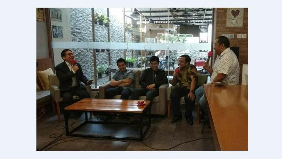 Andreas Agung Narasumber Heartline Radio