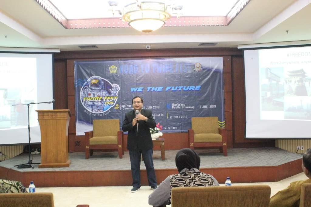 Pembicara Digital Marketing di SMAN 29 Jakarta
