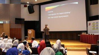 Bapak Digital Marketing Indonesia