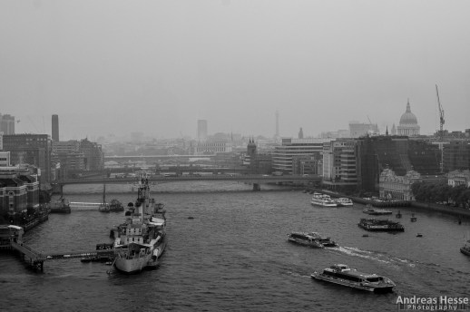Looking east on Tower Bridge. On the left: Imperial War Museum's ship H.M.S. Belfast