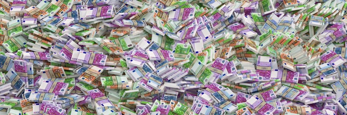 1 Million Euro mehr verdienen - Geldscheine Unternehmer