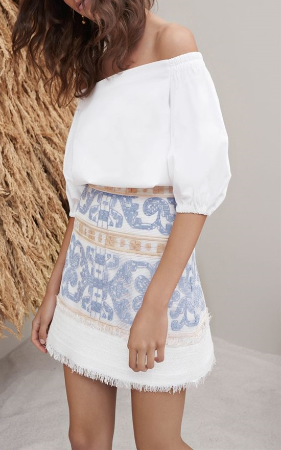20 Summer Outfits With Stunning Skirts