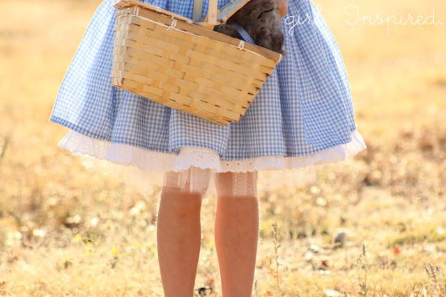 Dorothy costume tutorial