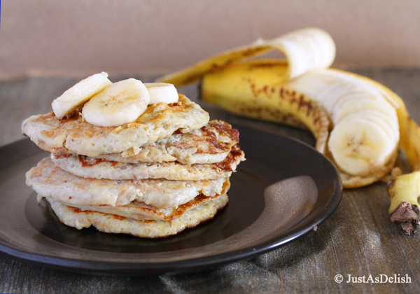 2 ingredient banana pancakes! & more delicious recipes!