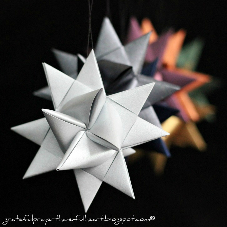 How to make gorgeous German paper stars