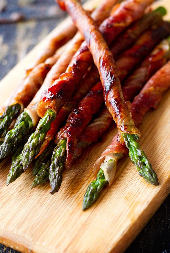 Prosciutto wrapped asparagus recipe
