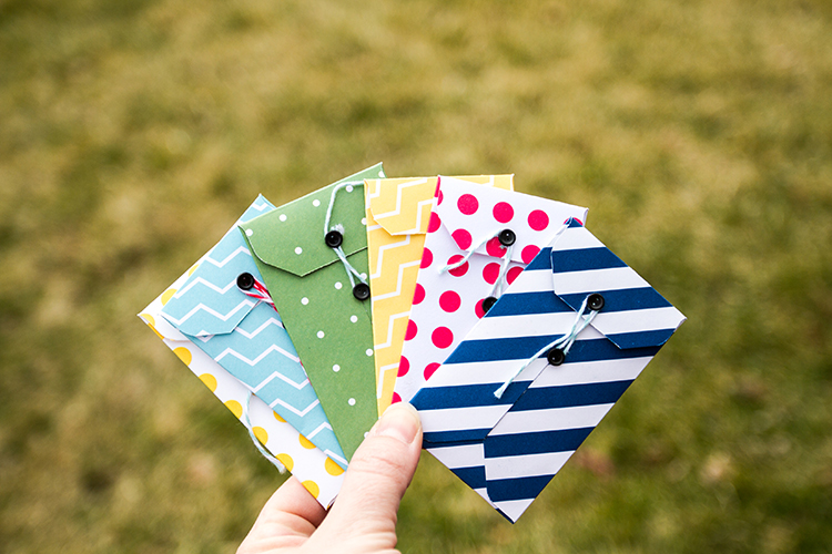 DIY gift card envelope tutorial