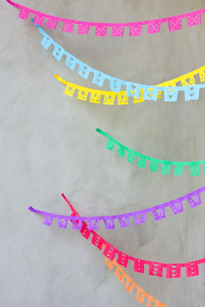 DIY-Papel-Picado-Streamers-Cinco-de-Mayo