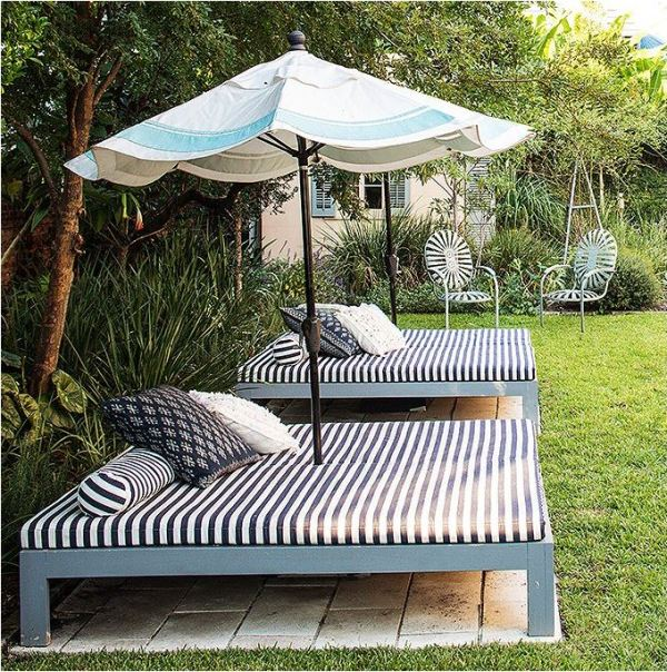 DIY Outdoor Bed