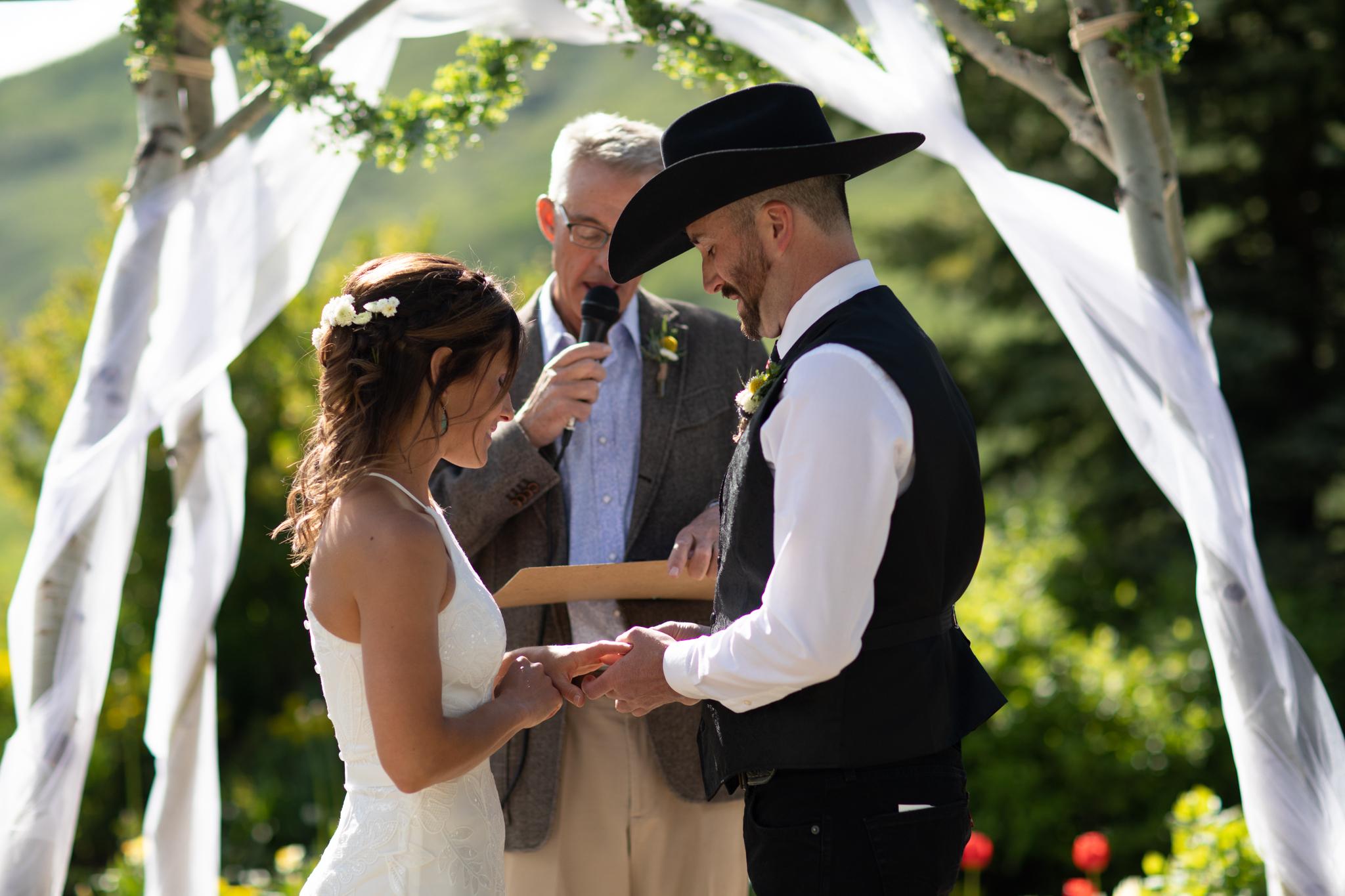 Crested_Butte_Mountain_Wedding_Garden-22