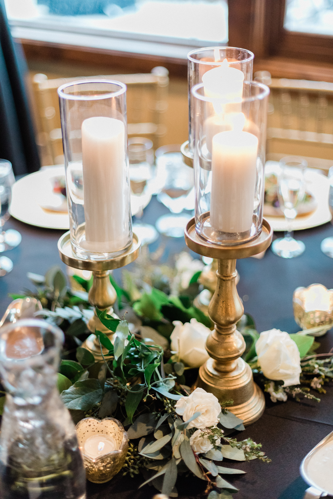 Lodge at Breckenridge Winter Wedding Table Setting