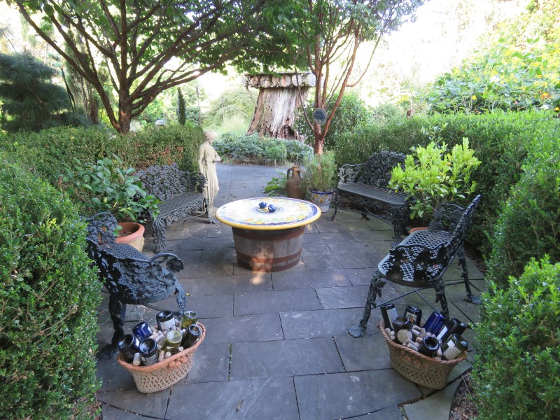 My Latest Blog     Andrea Whitely This delightful garden  like many private gardens  I am lucky enough to  visit  is a reflection of the gardener who created it  Jenny Rose  it s an  elegant