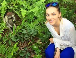 Andreea Ibacka maimute