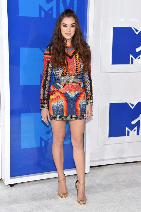 MTV Video Music Awards 2016 - HAILEE STEINFELD, rochie Balmain