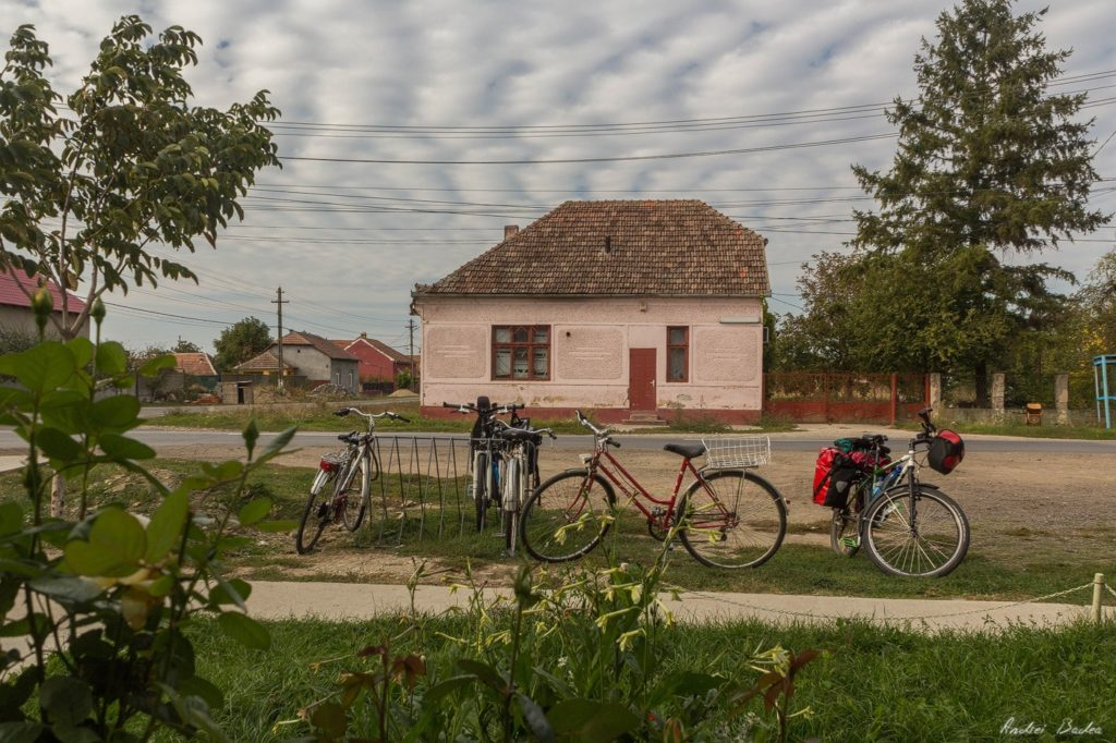 268 - Serbia Bike Touring - ep. 10: Back to Romania