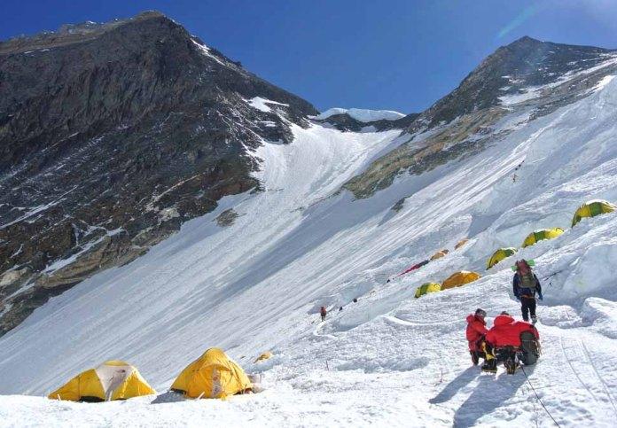 climbing-mount-everest-goal-setting
