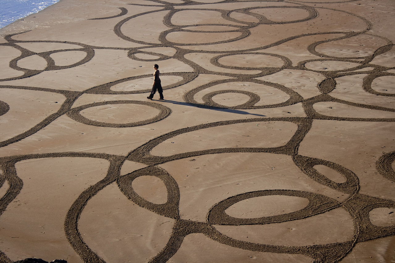 Stunning beach art by Andres Amador