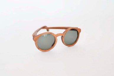 Gafas de sol. Elaborada con madera nativa chilena contraenchapada
