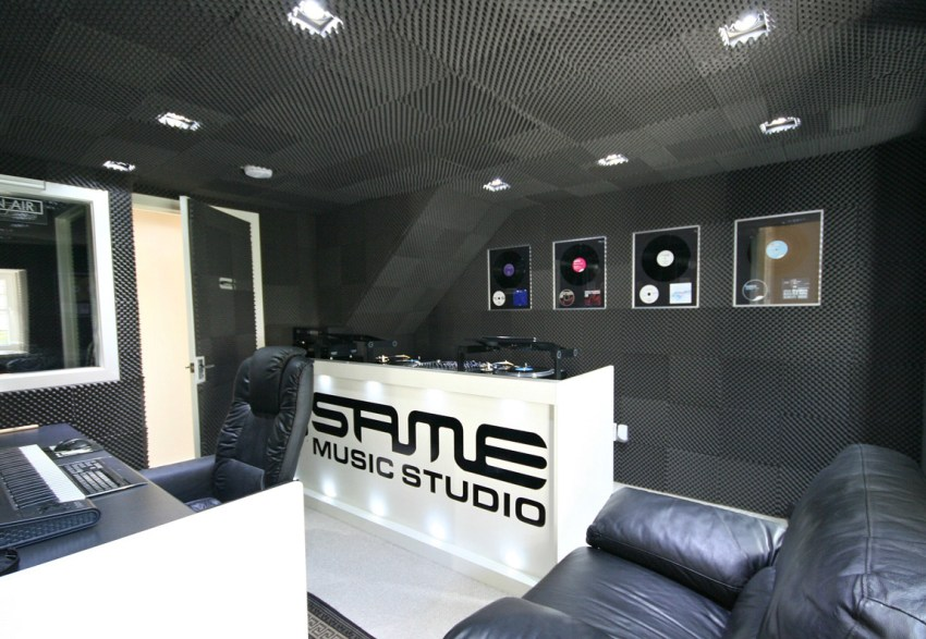 conversion of barn to recording studios (3)